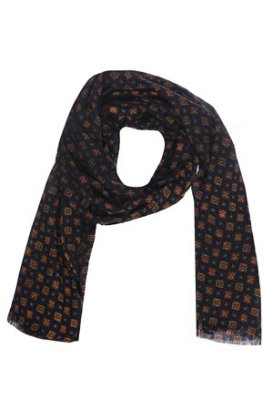 Wool scarf