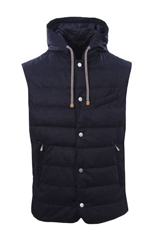 Filled up vest