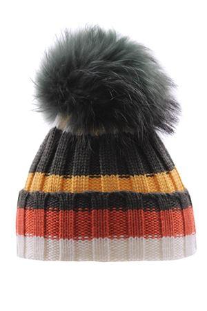 Hat with fox pompom REGINA | 5032304 | 20596ARCOBALENO