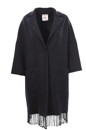 Wool coat with fringes