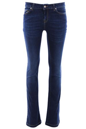 Jeansmary zampa