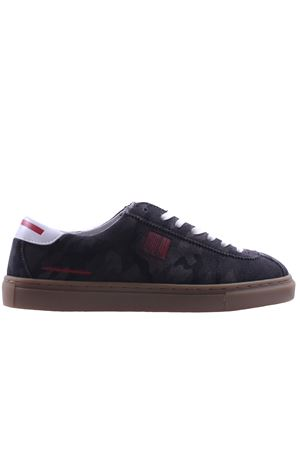 Sneakers in suede camouflage