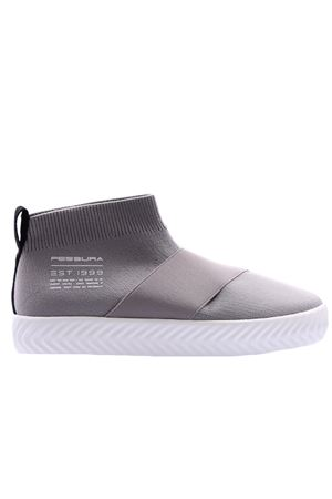 Slip-on with band