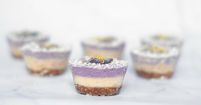 How to Make Raw Blueberry Lemon Cheesecake