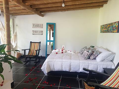 Plan Romántico habitación Jacuzzi