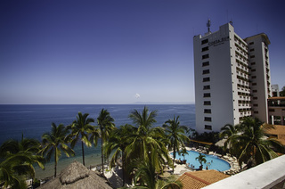 Puerto Vallarta Hotel - Costa Sur Resort