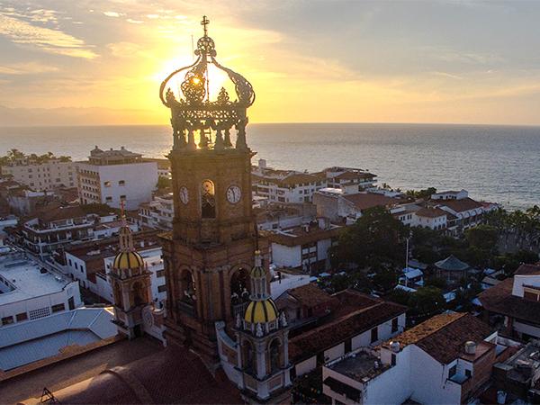 Cincuentenario de la Corona de la Parroquia de Guadalupe