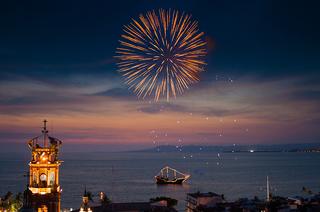 Celebra los 100 años de Puerto Vallarta en Hotel Rosita