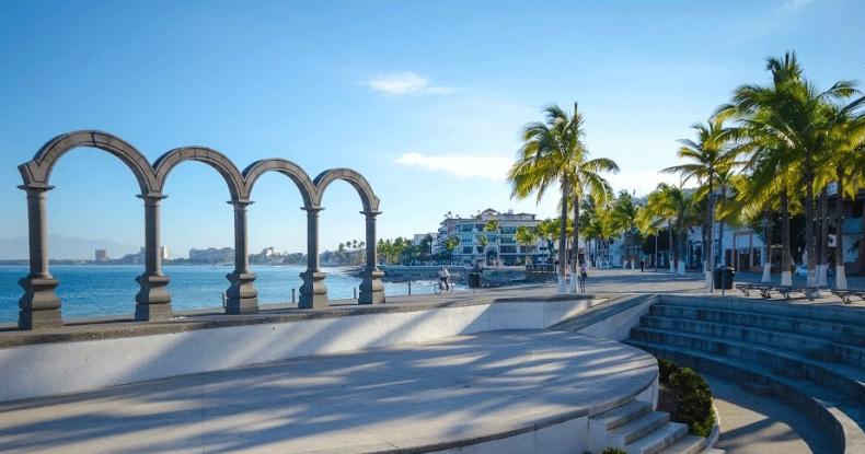 Tres lugares que no te puedes perder en el centro de Puerto Vallarta