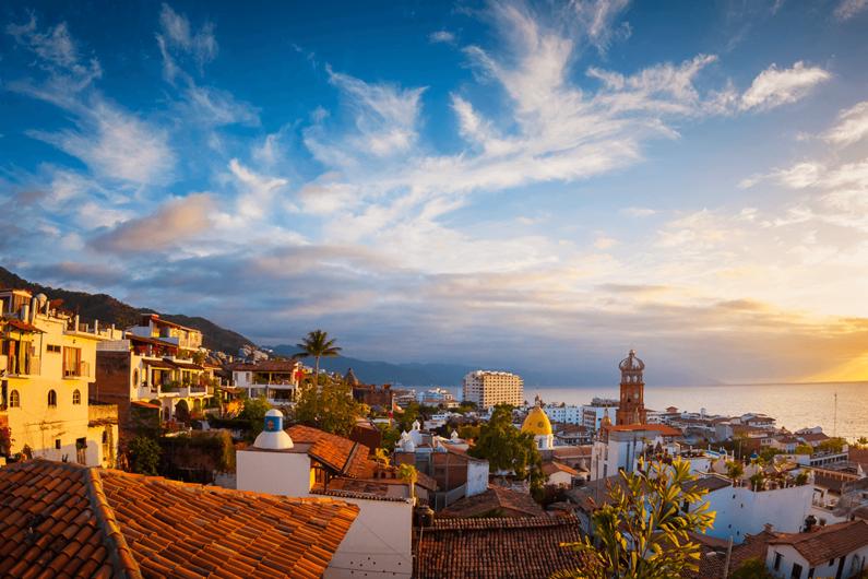 Visita Puerto Vallarta en el 2021