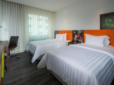 Hotel Hampton By Hilton Yopal