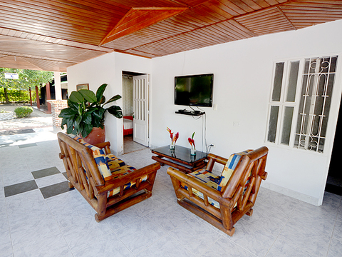 Hotel y Cabañas Villa Paula