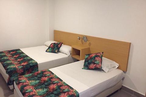 Hotel Cayenna Inn