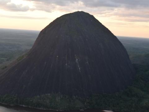 Cerros de Mavicure (Guainia y Vichada)