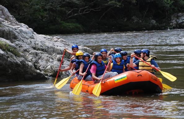 Rafting en el Río Magdalena