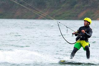 Deportes de viento en el lago Calima