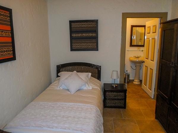 Habitaci n sencilla en hotel estrella del monte for Habitacion que utiliza un conserje