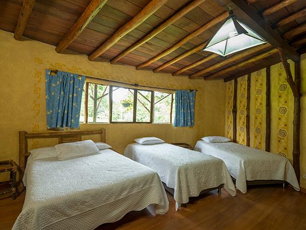 Habitaci n cu druple en hotel san agust n internacional for Habitacion cuadruple