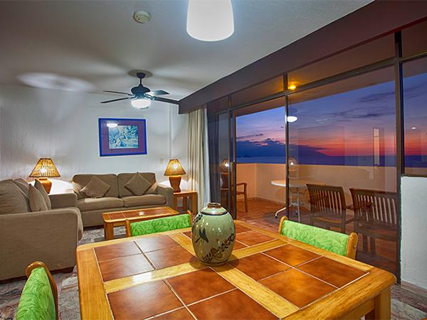 One Bedroom Ocean Front Suite In Costa Sur Resort Amp Spa