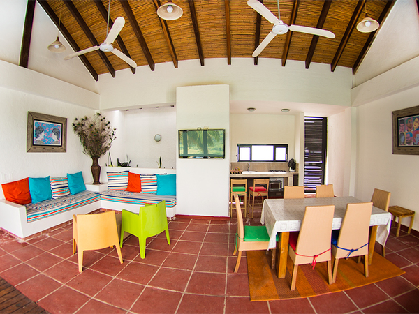 Villa real en sharing glamping colombia for Menaje de cocina definicion