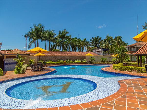 Piscina en la potra in villavicencio for En la piscina