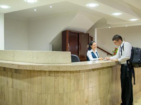 Hotel Turistico La Luna
