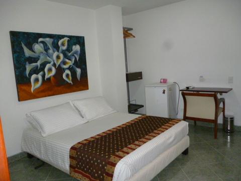 Hotel 33 Conquest