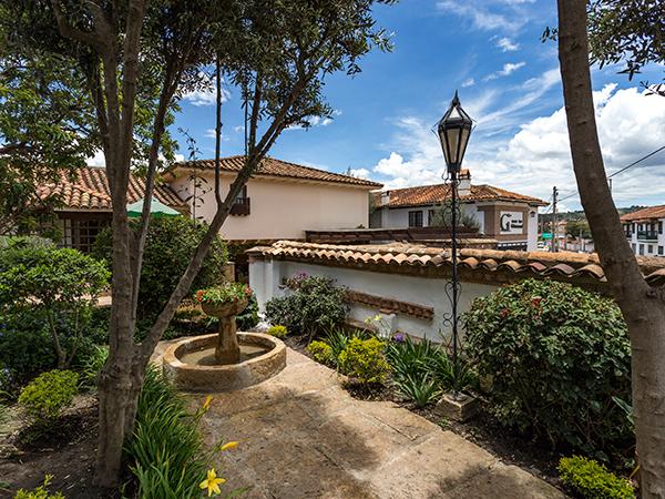 Hotel spa getseman en villa de leyva for Hotel villa jardin barrientos