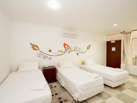 Hotel Maneba