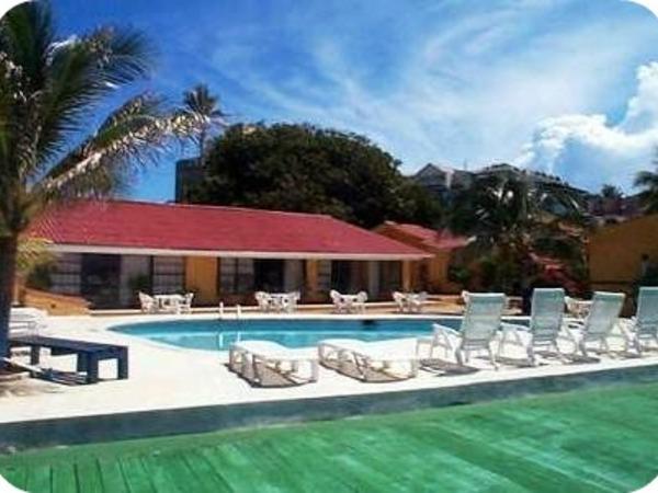 Tres Casitas Hotel
