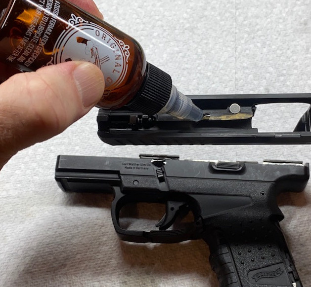 Cleaning a Walther PPS with Original Gun Oil