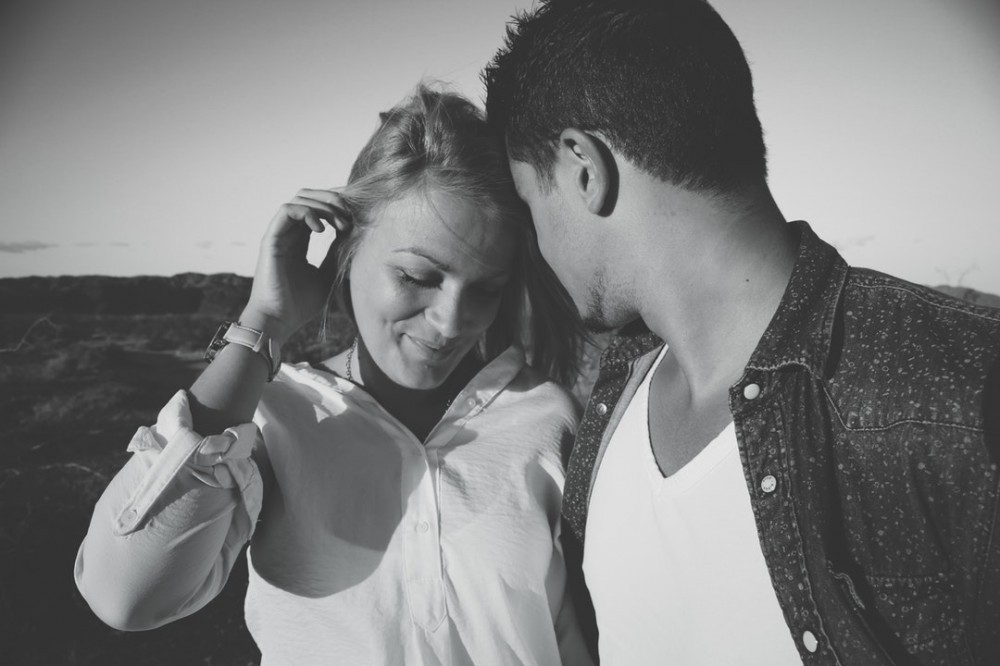 3 incredible techniques to make a man fall in love with you