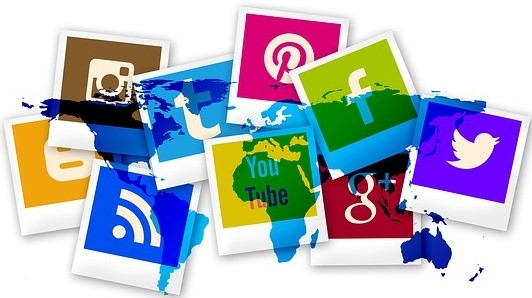 what is paid social media jobs about