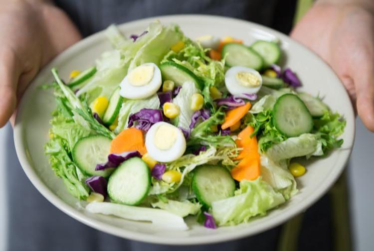green leafy salad