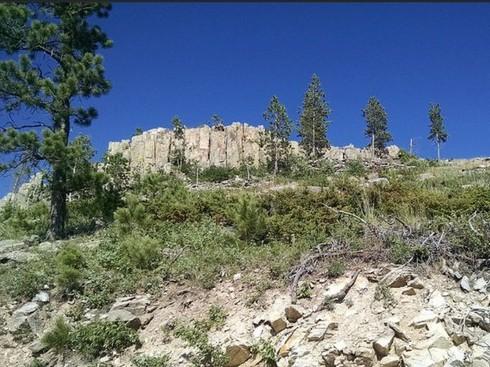 Mt Custer
