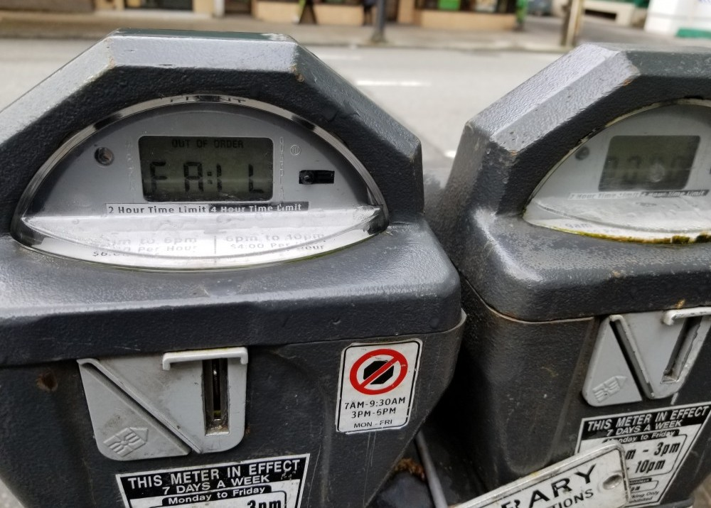 coin meter rigged by thieves to fish coins