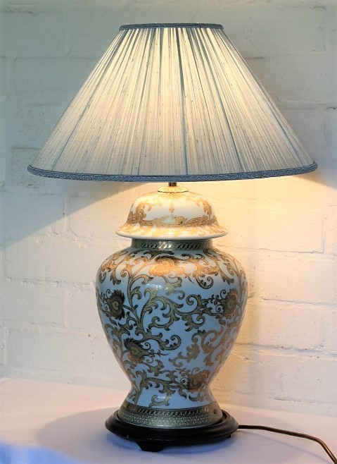 Carlos Remes table lamp