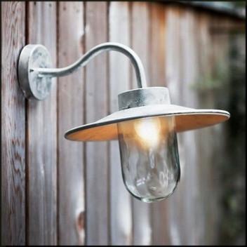 Quality Outdoor Lighting
