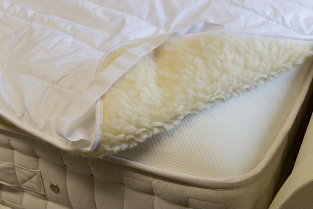 Benefits of a wool mattress topper