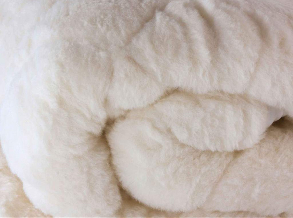Natural pure wool mattress topper