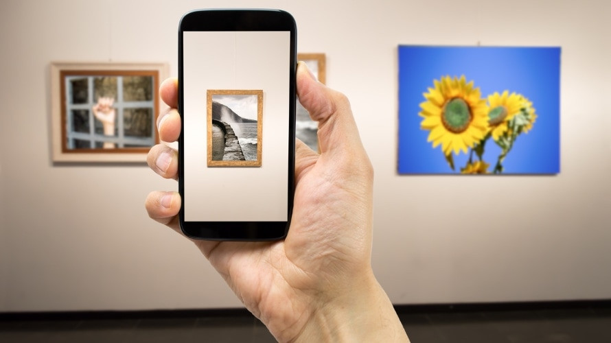 Sell Art Through Social Networks