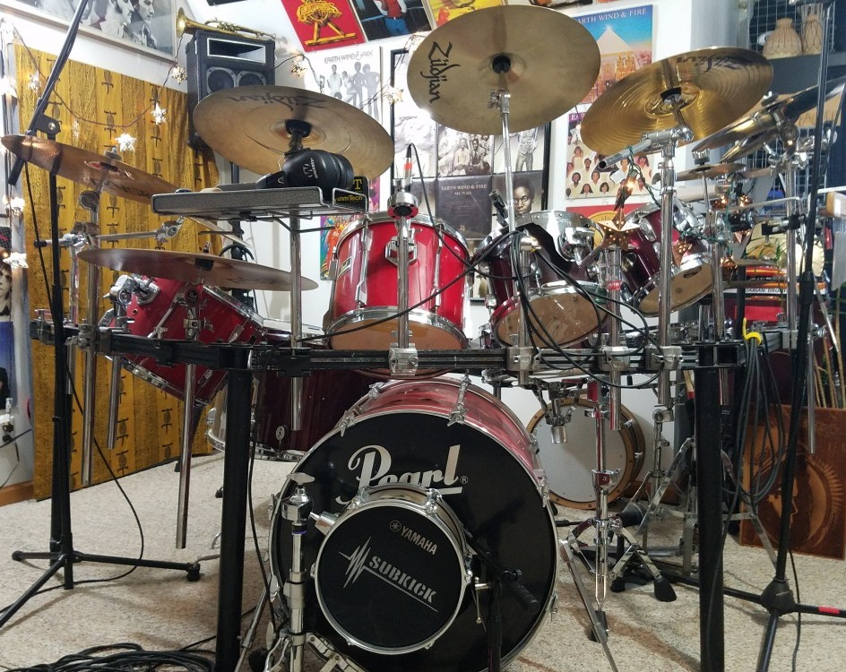 Teaj's Pearl Export kit, used to record a pop sound at home