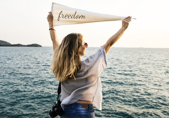 travelling brings freedom