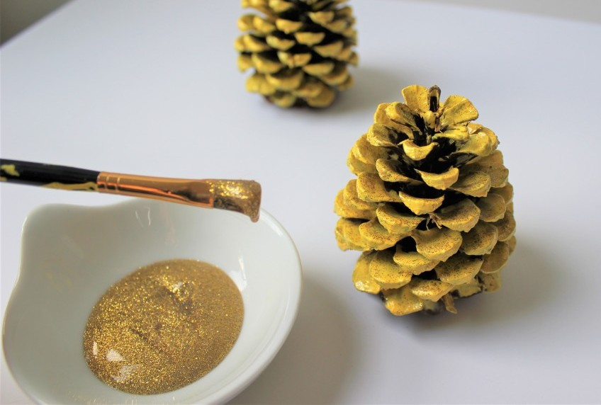 pineapple pinecone ornaments
