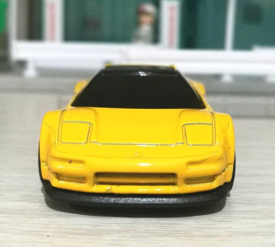 Hot Wheels '90 Acura NSX (Yellow)
