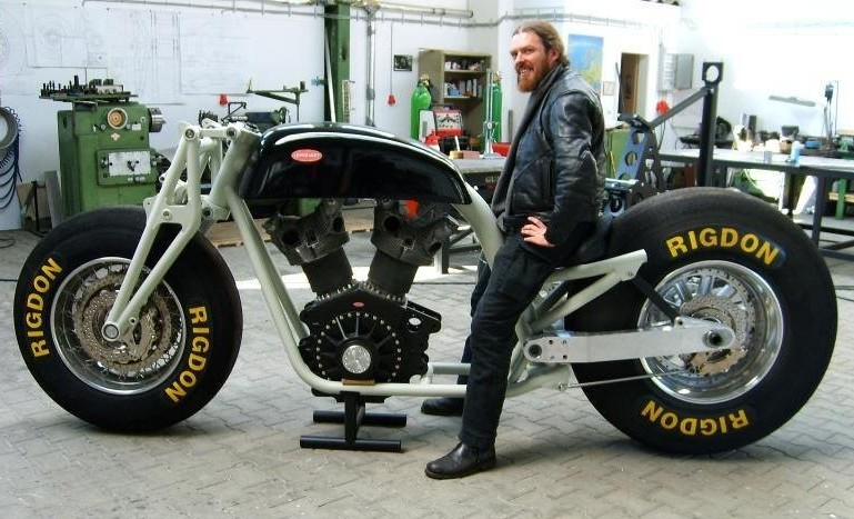 Leonhardt Gunbus Massive Motorcycle