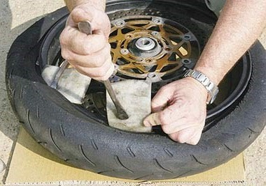Fitting Car Tire on Motorbike