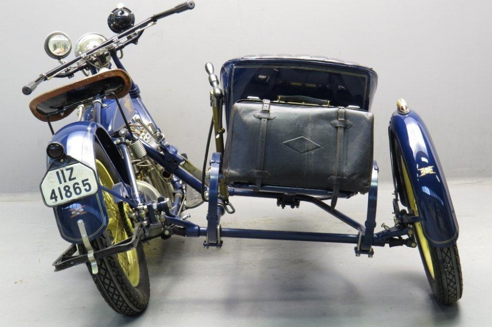 Parallel Sidecar Motorcycle Combination
