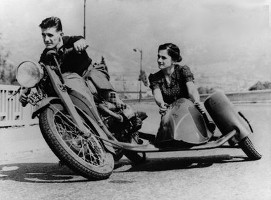Parallelogram Sidecar Motorcycle Combination