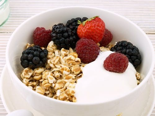 yogurt for healthy breakfast